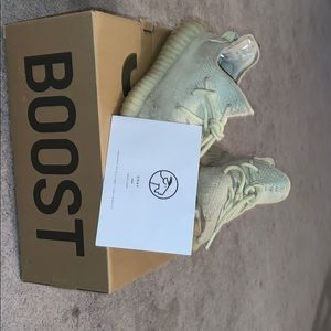 Yeezy 350 boost butters size 8